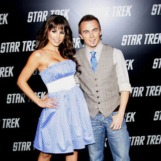 "Frankie Muniz, Elycia Turnbow in ""Star Trek"" Los Angeles Premiere - Arrivals"