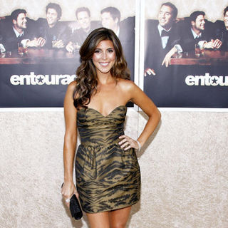"Jamie-Lynn Sigler in HBO's ""Entourage"" Season 6 Los Angeles Premiere - Arrivals"
