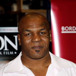 "Mike Tyson in Mike Tyson meets fans and promotes the DVD ""Tyson"""