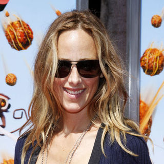 "Kim Raver in ""Cloudy With A Chance Of Meatballs"" Los Angeles Premiere - Arrivals"