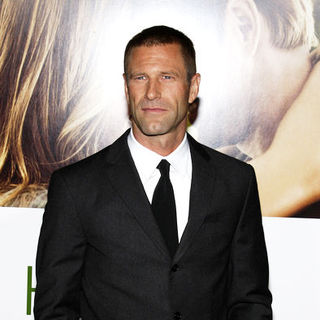 "Aaron Eckhart in ""Love Happens"" World Premiere - Arrivals"