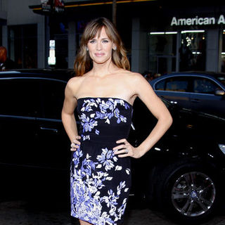 "Jennifer Garner in ""The Invention of Lying"" Los Angeles Premiere - Arrivals - DGG-023128"