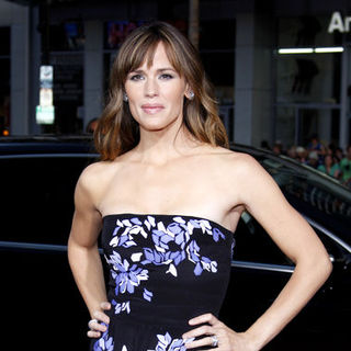 "Jennifer Garner in ""The Invention of Lying"" Los Angeles Premiere - Arrivals"