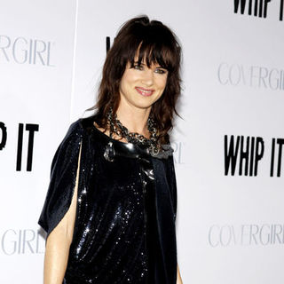 "Juliette Lewis in ""Whip It!"" Los Angeles Premiere - Arrivals"