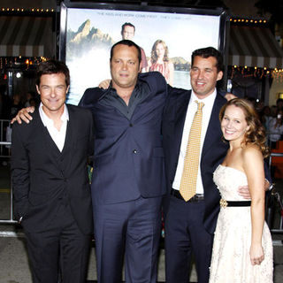 "Jason Bateman, Vince Vaughn, Scott Stuber in ""Couples Retreat"" Los Angeles Premiere - Arrivals"