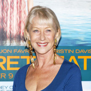 "Helen Mirren in ""Couples Retreat"" Los Angeles Premiere - Arrivals"