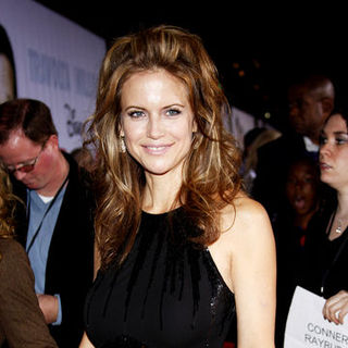 "Kelly Preston in ""Old Dogs"" Los Angeles Premiere - Arrivals"