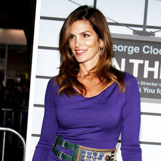 "Cindy Crawford in ""Up in the Air"" Los Angeles Premiere - Arrivals"