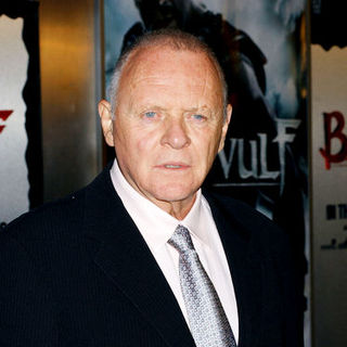 "Anthony Hopkins in ""Beowulf"" Los Angeles Premiere - Arrivals"