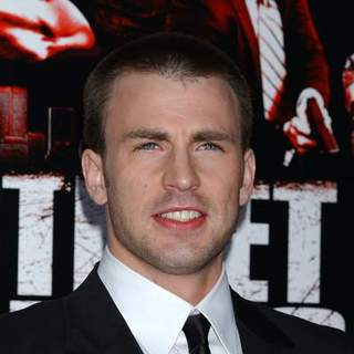 "Chris Evans in ""Street Kings"" Hollywood Premiere - Arrivals"
