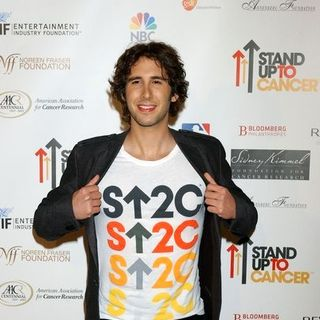 Josh Groban in Stand Up To Cancer - Arrivals