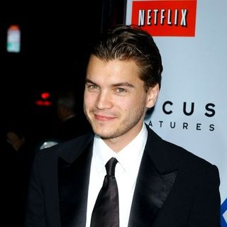 "Emile Hirsch in ""Milk"" Hollywood Premiere - Arrivals"