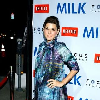 "Marisa Tomei in ""Milk"" Hollywood Premiere - Arrivals"