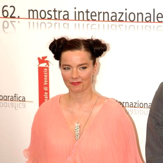 Bjork in 2005 Venice Film Festival - Drawing Restraint 9 - Photocall