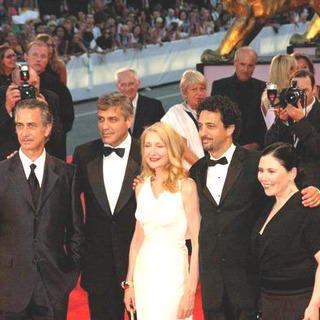 David Strathairn, George Clooney, Patricia Clarkson, Grant Heslov in 2005 Venice Film Festival - Good Night, and Good Luck - Premiere