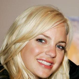 "Anna Faris in ""Smiley Face"" Screening - Arrivals"