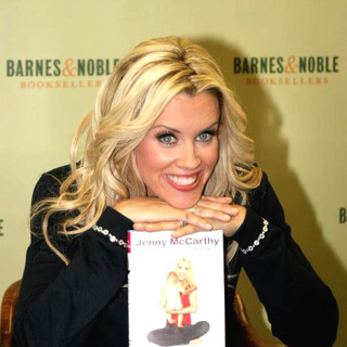 Jenny McCarthy Signs Her New Book Belly Laughs-The Naked Truth About The First Year of Mommyhood - JTM-009452