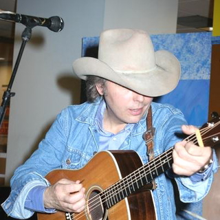 Dwight Yoakam in Dwight Yoakam Performs and Signs Blame The Vain his New Album
