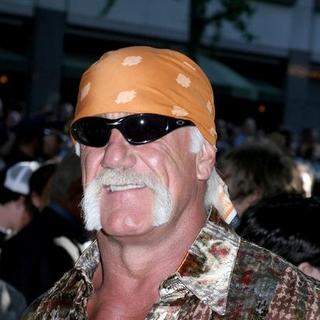 Hulk Hogan in The War of the Worlds New York Premiere - Arrivals
