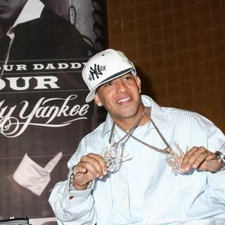 Daddy Yankee in Press Conference To Kick Off the Who's Your Daddy Tour