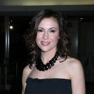 Alyssa Milano in United Nations Dinner Awards Gala To Honor Unsung Heroes of Poverty Eradication