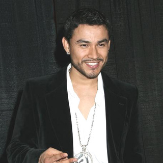 Frankie J in Z100 Presents Jingle Ball 2005