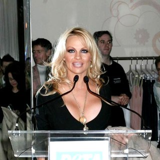 Pamela Anderson in Olympus Fashion Week Fall 2006 - Pamela Anderson Hosts the PETA Party