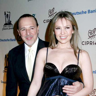 Thalia in Gloria Estefan Performs at The 2006 Cipriani/Deutsche Bank Concert Series Benefiting amfAR - JTM-015915