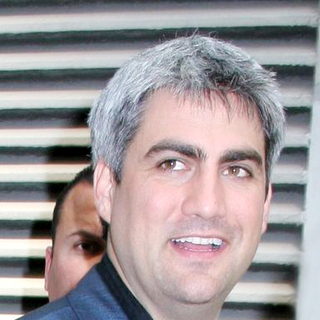 Taylor Hicks in Taylor Hicks Takes a Break From His Press Junket to Have a Late Lunch in Midtown Manhattan