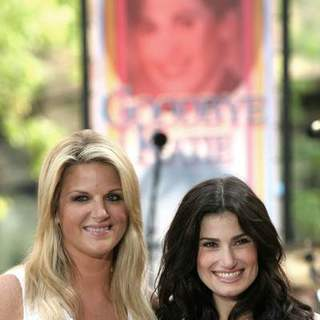 Idina Menzel, Trisha Yearwood in Katie Couric's Fond Farewell on Her Last Day on NBC's Today Show