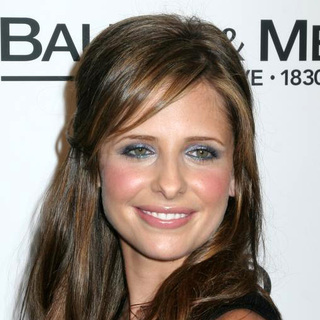 Sarah Michelle Gellar - Baume and Mercier Celebrates the Launch of Club Phi and Preview the 2006 Fall Collection