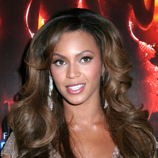 Beyonce Knowles - Dreamgirls New York Movie Premiere - Arrivals