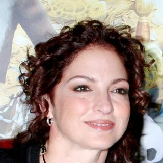 Gloria Estefan in Gloria Estefan Reads From Her New Book Noelle's Treasure Tale