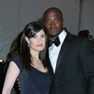 Taye Diggs, Idina Menzel in Poiret, King of Fashion - Costume Institute Gala at The Metropolitan Museum of Art - Arrivals