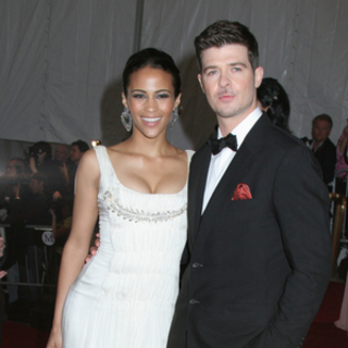 Robin Thicke in Poiret, King of Fashion - Costume Institute Gala at The Metropolitan Museum of Art - Arrivals