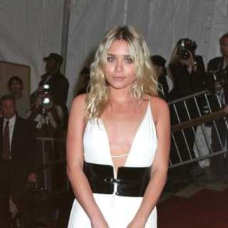 Ashley Olsen in Poiret, King of Fashion - Costume Institute Gala at The Metropolitan Museum of Art - Arrivals