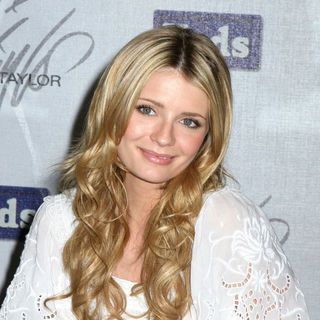 Keds Shoe Signing with Mischa Barton