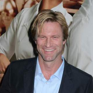 Aaron Eckhart in No Reservations New York Movie Premiere - Arrivals - JTM-027915