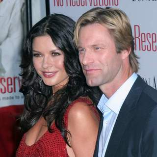 Aaron Eckhart in No Reservations New York Movie Premiere - Arrivals - JTM-027926