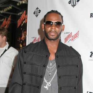R. Kelly in Trapped in the Closet: Chapters 13-22 - New York City Premiere - Arrivals