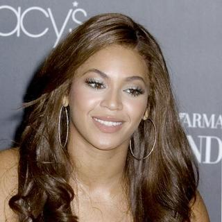 Beyonce Knowles - Beyonce Launches Emporio Armani Diamonds Fragrance