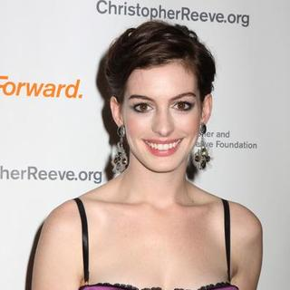Anne Hathaway - The Christopher and Dana Reeve Foundation - A Magical Evening - Red Carpet