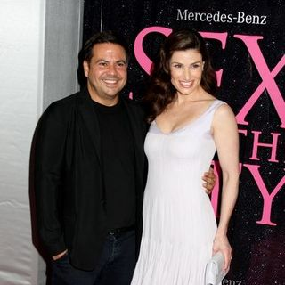 "Idina Menzel, Narcisco Rodriguez in ""Sex and the City: The Movie"" New York City Premiere - Arrivals"