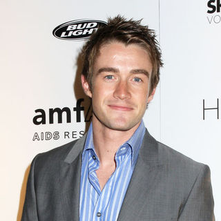 Robert Buckley in 9th Annual amfAR Honoring With Pride Celebration - Red Carpet and Live Concert by Taylor Dayne - JTM-036911