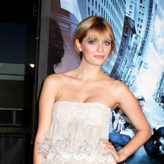"Mischa Barton in ""The Happening"" New York City Premiere - Arrivals"