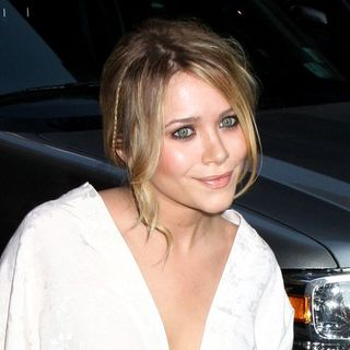 Mary-Kate Olsen - The Cinema Society and Sony Cierge Host a Screening of