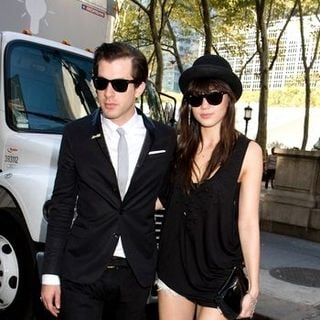 Mark Ronson, Daisy Lowe in Mercedes-Benz Fashion Week Spring 2009 - Day 4 - Outside Arrivals