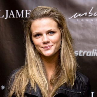 "Brooklyn Decker in Russell James Launches ""Russell James"" Portrait Collection at Stephan Weiss Studio in New York"