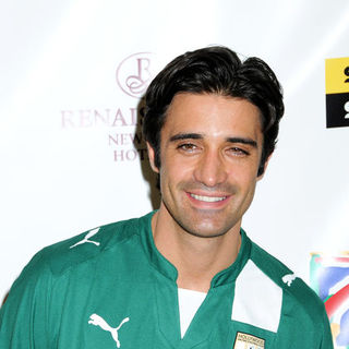 Gilles Marini in 2009 Setanta Cup - Hollywood United Football Club Soccer Exhibition Game - April 11, 2009