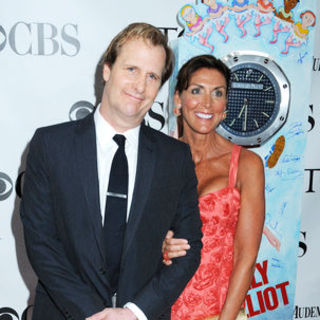 Jeff Daniels, Kathleen Treado in 63rd Annual Tony Awards - Arrivals